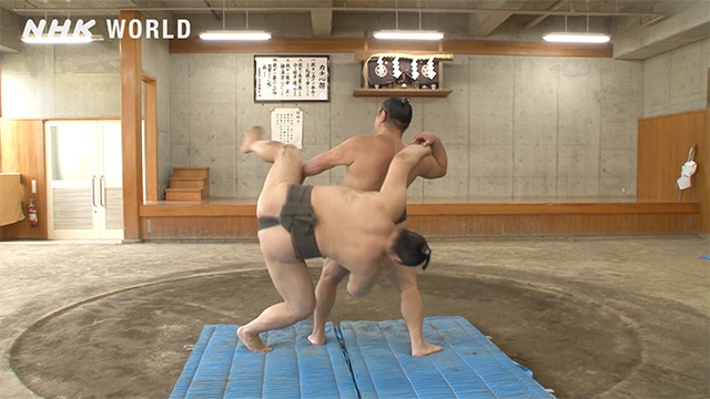Soto-tasukizori/Outer reverse backwards body drop